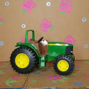 John Deere Metal And Plastic Toy Tractor